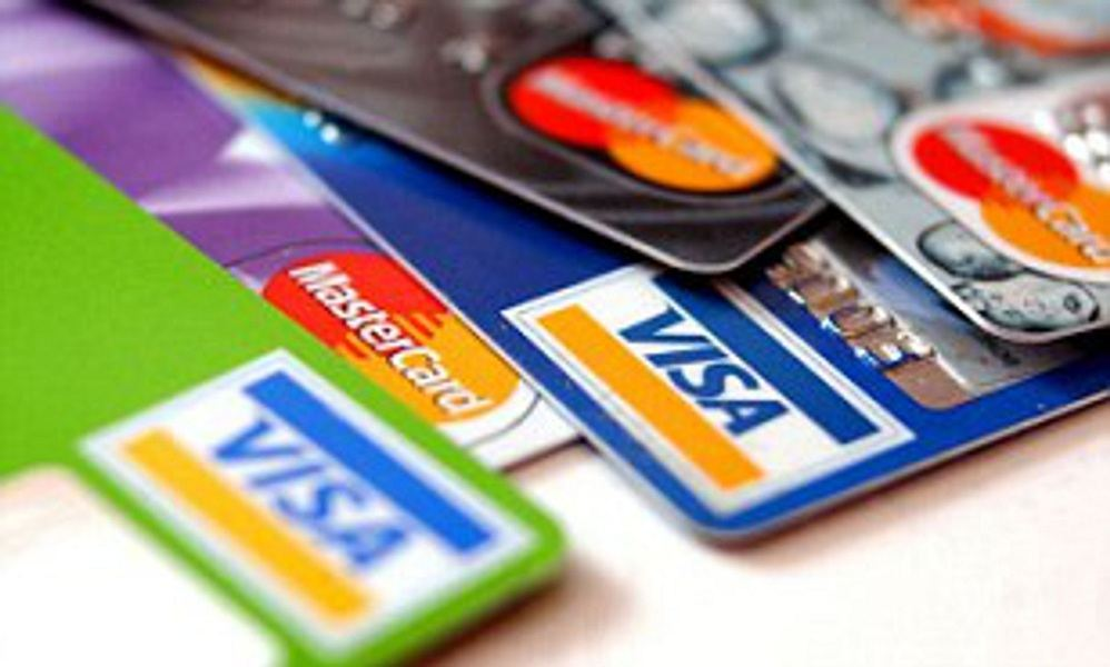 Clever ways to avoid credit card debt